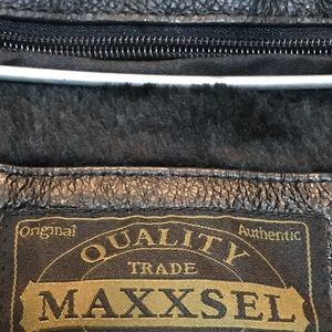 Maxxsel Jackets & Coats - Maxxsel_Buttons Black_Leather Trench Coat_Sz Large